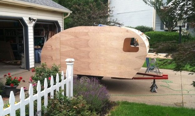 Wow, it's starting to look like a teardrop trailer!